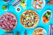 Enjoy a Casual Date Night w/ a Banquet & Cocktails for 2 @ Sweethearts Rooftop, Potts Point! Opt to Share w/ Up to 5 Mates. Pulled Beef Brisket Pizza & More