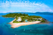 WHITSUNDAYS Experience the Magic of the GBR w/ 5-Nights at Award-Winning 4.5 Star Daydream Island Resort & Spa! Brekkie, $500 Spa Credit & More