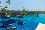 THAILAND 5-Night Beachfront Escape to AVANI Hua Hin Resort & Villas! Indulge in Nightly Dinners, Daily Pampering & Cocktails in the Deluxe Room for 2