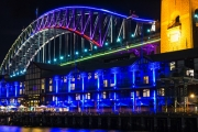 See Sydney Come Alive During Vivid Festival 2018 Aboard MV Supercat! Modern 20m Catamaran w/ Cocktail, Wine or Beer on Arrival! From 25 May-16 June