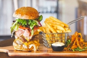 Tuck into Tantalising Burgers or Breakfast w/ $30 to Spend at Brew Masters in Grange for Just $15! Think Pancakes, Buffalo Wings, Sliders & More