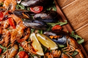 Tuck into Award-Winning Aquarius Seafood Restaurant's Signature Seafood Platter & Bottle of Wine for 2. Plus, Get a Free Bottle on Your Next Visit