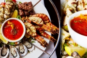 It's Food with a Waterfront View at Pier 35 Bar & Grill in Port Melbourne! Enjoy a Delicious Meat & Seafood Platter w/ Sides & Sparkling for Two