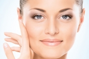 Get a Complexion Stars Would Envy w/ a Non-Surgical, Hollywood Anti-Ageing Facelift! Stimulate Collagen & Elastin Production for Long-Lasting Results