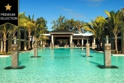 PORT DOUGLAS Luxe 5-Night Stay in a King Studio Spa Room @ 5* Port Douglas Apartments within Sea Temple Resort & Spa! Incl. Wine, Wi-Fi & More