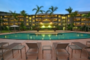 KEWARRA BEACH Up to 2-Night Getaway to the Northern Beaches of Cairns for 4 at Paradise Palms Resort! 2-BR Apartment Stay w/ Daily Mini Golf & More