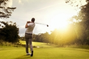Hit the Green w/ 18 Holes of Golf w/ Beer or Wine for 2 or 4 @ Chatswood Golf Club! Upgrade with Cart Hire. Picturesque Lane Cove River Valley