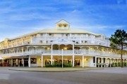 FREMANTLE Discover the Historic West Coast City of Freo w/ 3 Days at the Esplanade Hotel Fremantle! Daily Buffet Brekkie, Welcome Drink & More