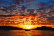 FITZROY ISLAND Up to 5N Tropical Island Escape @ Fitzroy Island Resort! Resort Studio Stay for 2 w/ Daily Brekkie, Return Transfers & Late Check-Out