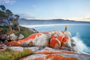 HIKING TASMANIA Explore Tasmania's Breathtaking Bay of Fires w/ a 4-Day Guided Walking Tour! Enjoy Daily Guided Hikes, All Meals & Much More