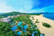 MALAYSIA 7 Nights at 5* Award-Winning Shangri-La's Rasa Ria! Daily Brekkie, Spa Treatments, 2 Buffet Dinners, Drinks, Round of Golf, Transfers & More