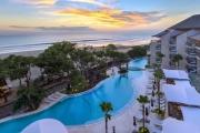 SEMINYAK Indulge in this Seminyak Favourite w/ 7N at Double-Six Luxury Hotel! Lavish Suite Stay w/ 24-Hr Butler Service, Free-Flow Drinks Hr & More