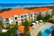 YAMBA 3 Night Beachfront Stay at The Sands Resort on Pristine Pippi Beach! 2 Bedroom Ocean Front Apartment for 4-Ppl w/ Late Check-Out & More