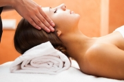 Spoil Yourself w/ a Blissful 2-Hour Pamper Package @ Deluxe Beauty Lab! Ft. Full-Body Swedish Massage & Signature Facial. Trendy Kogarah Salon
