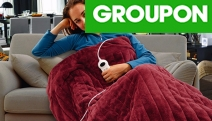 Keep Yourself Warm this Winter w/ the Electric Heated Throw Rug! Soft Micro-Fleece Material in 4 Fab Colours. Heats Up in Less than 5-Mins
