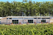 HUNTER VALLEY 2-Night Stay in a 2-Bedroom Fully Self-Contained Unit for 4 Ppl @ the Longhouse! Incl. Wine on Arrival, Extend Stay w/ Multi Vouchers