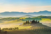 TUSCANY Indulge in Gourmet Produce & Fine Wines w/ 5 Nights at UNA Palazzo Mannaioni! Superior Room for 2 w/ Dining Experiences, Wine Tasting & More