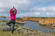 GREAT OCEAN RD Scenic Great Ocean Road Day Tour! See 12 Apostles, Loch Ard Gorge, Apollo Bay & Port Campbell National Park w/ Return Transfers & More