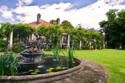 BLUE MOUNTAINS 2-Night Cottage Stay for 2 on the Grounds of Norman Lindsay's Former Home! Ft. Brekkie, Plus Entry to Norman Lindsay Gallery & Museum