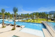 KHAO LAK Romantic Couples Getaway w/ 7 Nights at The Waters Khao Lak by Katathani! Incl. Daily Brekkie, Lunch & Cocktails, Beach Club Access & More