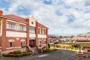 HOBART Heritage-Listed Overnight Manor King Stay at the Newly Renovated Rydges Hobart! The Perfect Stepping Stone to TAS's Must-See Attractions