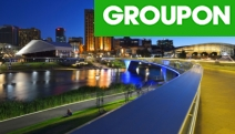 ADELAIDE 1-Night Escape in the Heart of the City @ Hotel Grand Chancellor Adelaide on Currie! Exec. King Room w/ Bottle of Wine, Late Check-Out & More