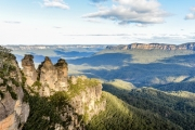 BLUE MOUNTAINS Stunning Blue Mountains Getaway w/ 2 Nights at Leisure Inn Spires! Close to Incredible Scenery, Bushwalking Trails, Restaurants & More