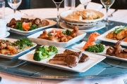 Feast on Fresh Seafood Live From the Tank & Asian Fine Dining at Aquarium Seafood Chinese Restaurant in Ascot! Enjoy Lobster Sang Chow Bow & More
